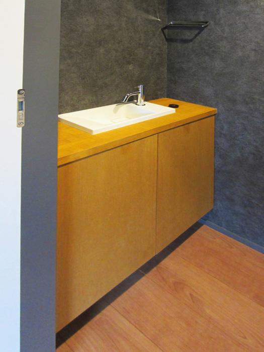 トイレ内に手洗いスペース(新築時の写真)