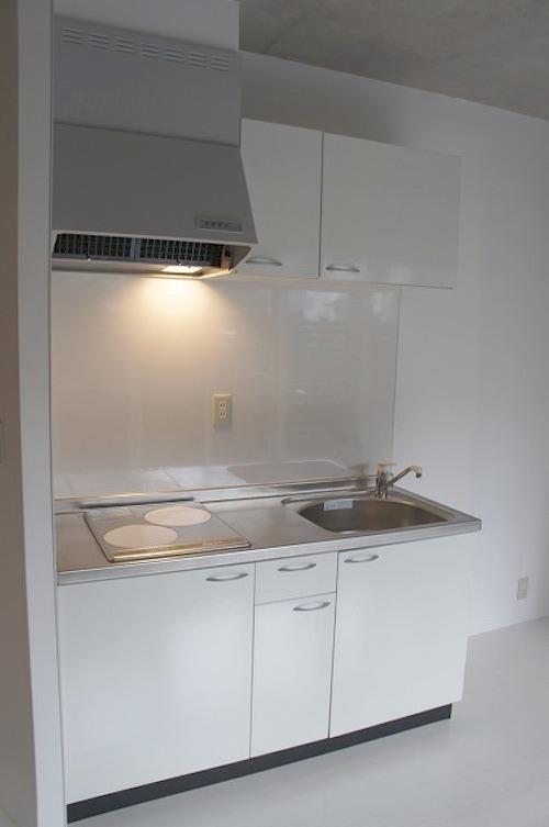 シンプルで使いやすそうなキッチン