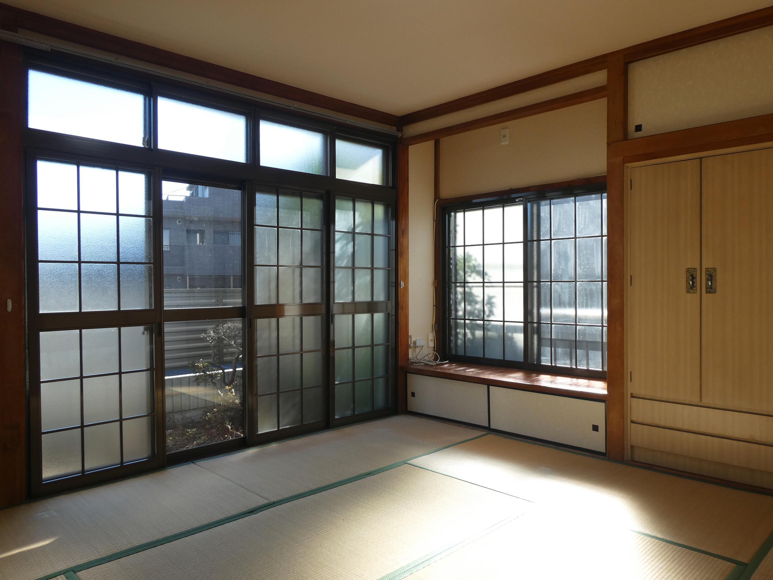 南側の和室。光の入り方が心地良い