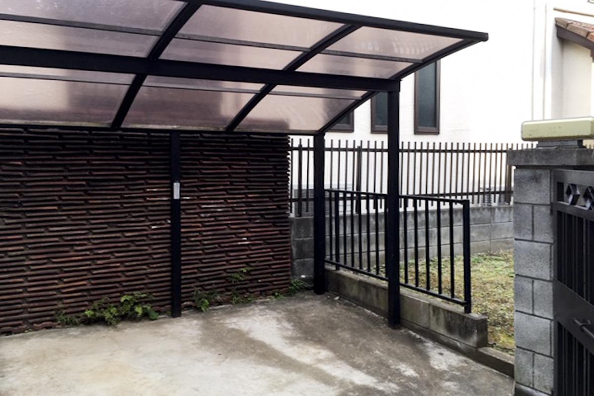 こちらが屋根付き駐輪場