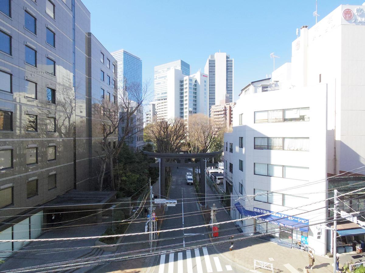 鳥居と木々の緑に癒やされる (渋谷区東の物件) - 東京R不動産