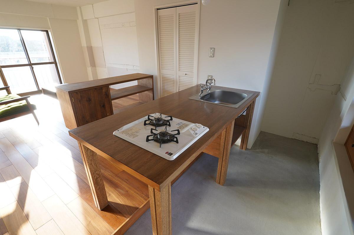 オリジナルの造作キッチン