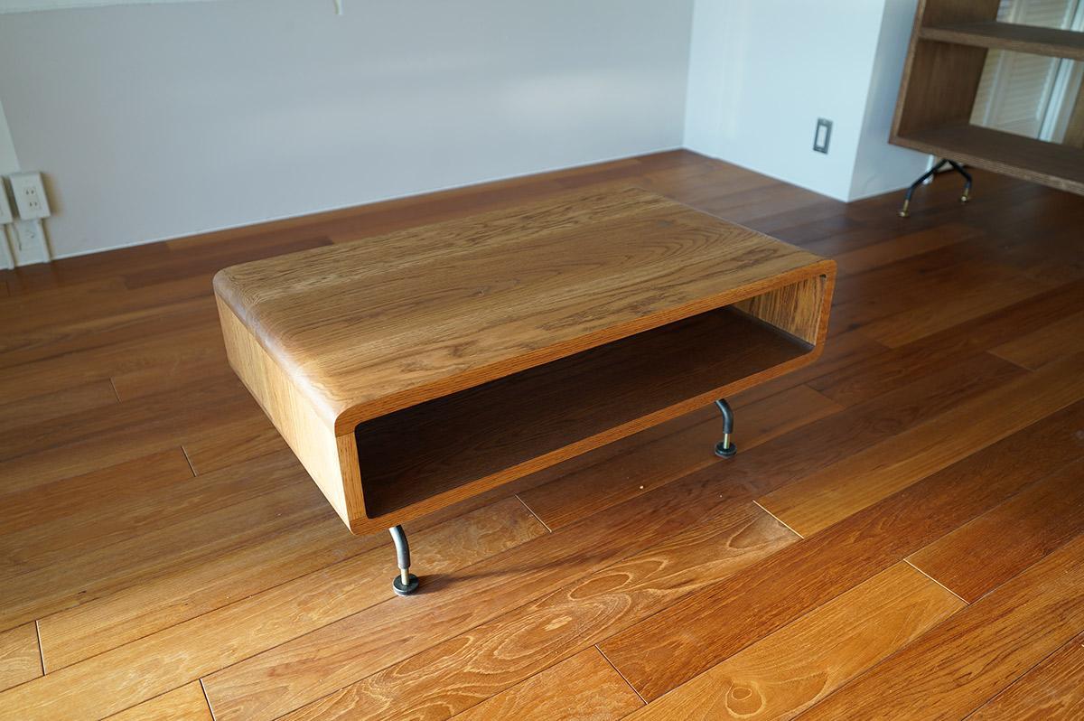 この部屋に合わせて造作されたオリジナル家具も付属します