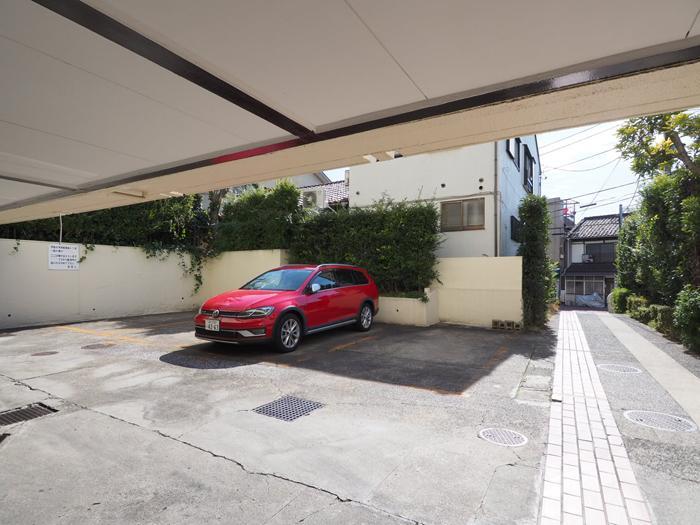 駐車場の空きはあります