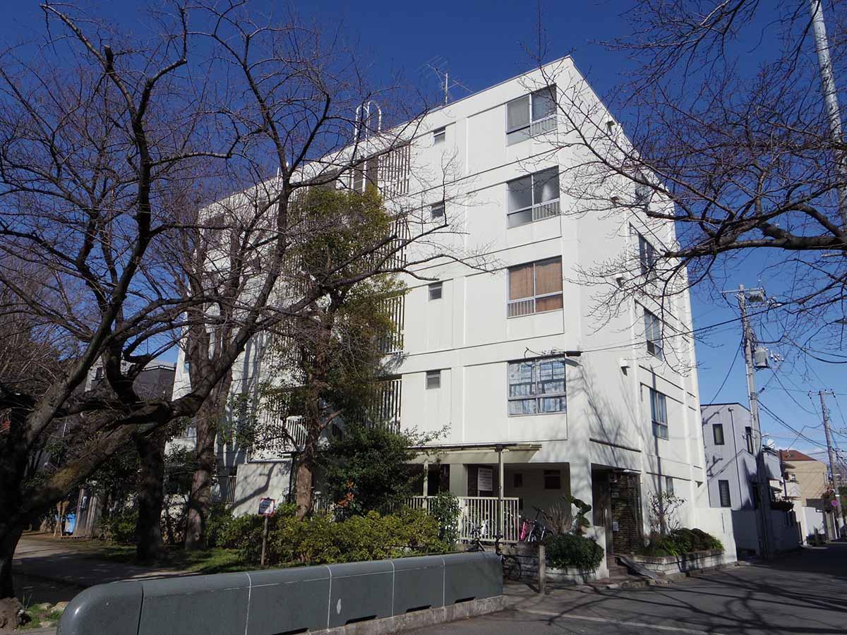 上原の緑道沿いレトロ (渋谷区大山町の物件) - 東京R不動産