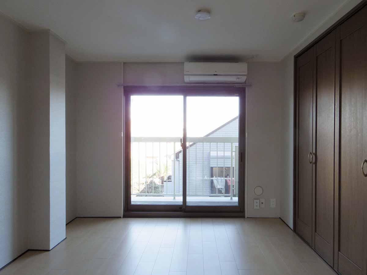 東側約5畳の部屋