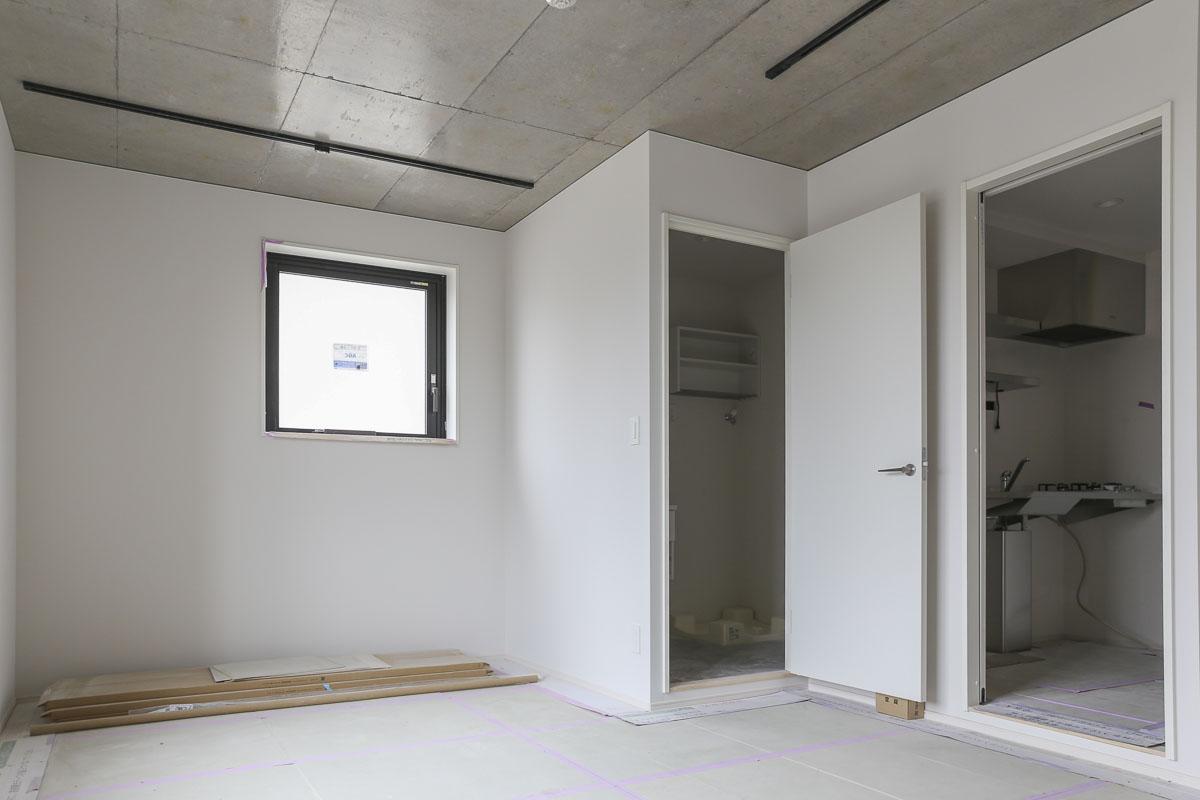 Aタイプの部屋 全部屋に共通するが、窓面が多く明るい