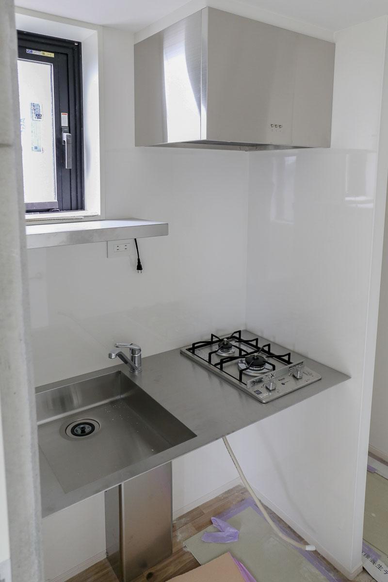 Cタイプのキッチンもフロート型