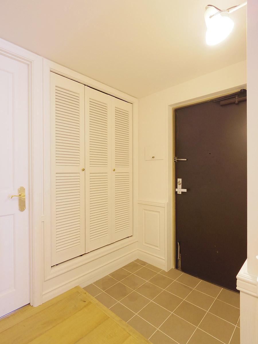 広々とした玄関スペース