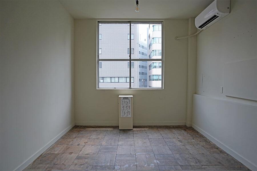4階の共用会議室。使い勝手の良い広さ