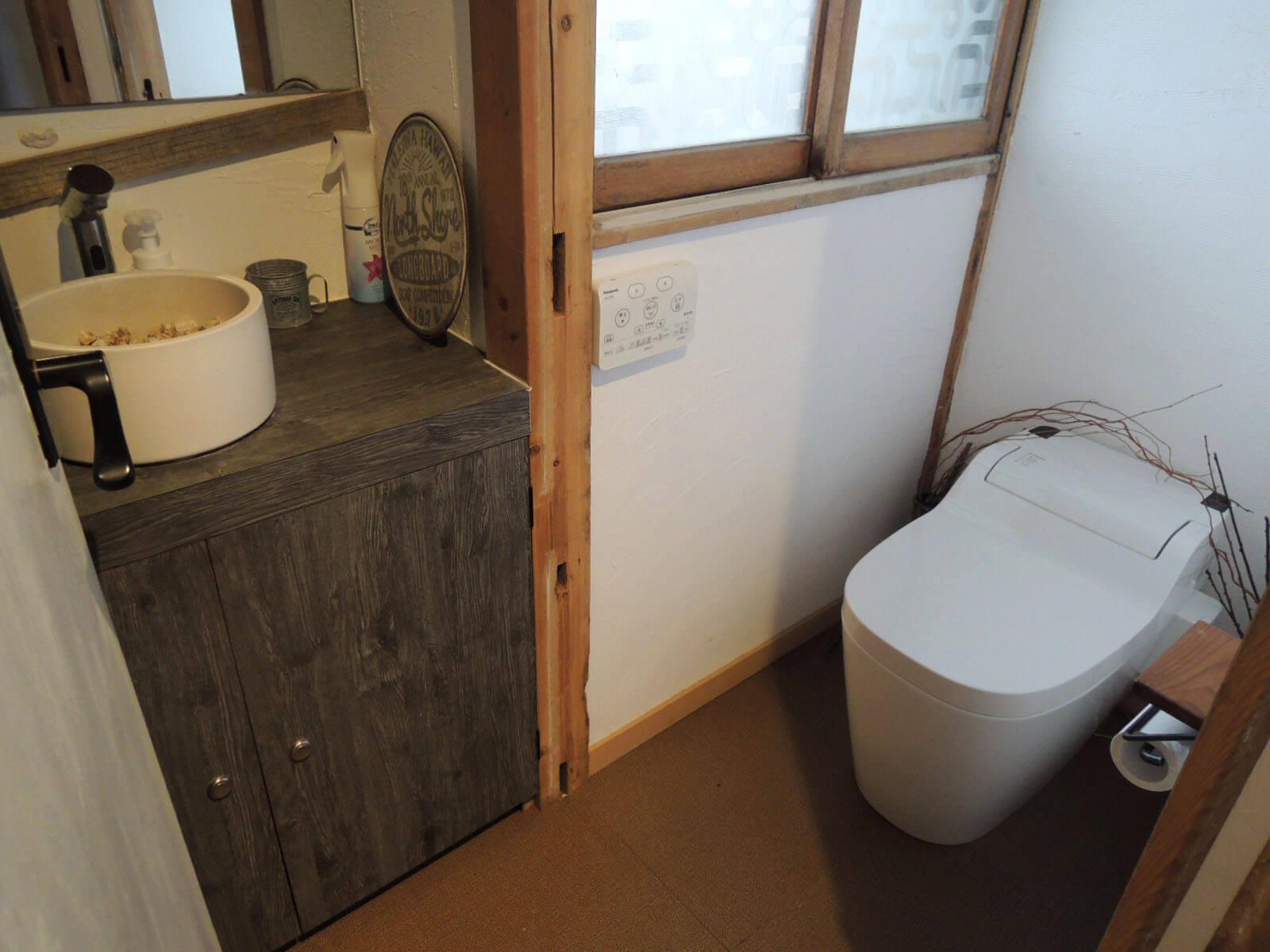 感じよく整えられたトイレ。