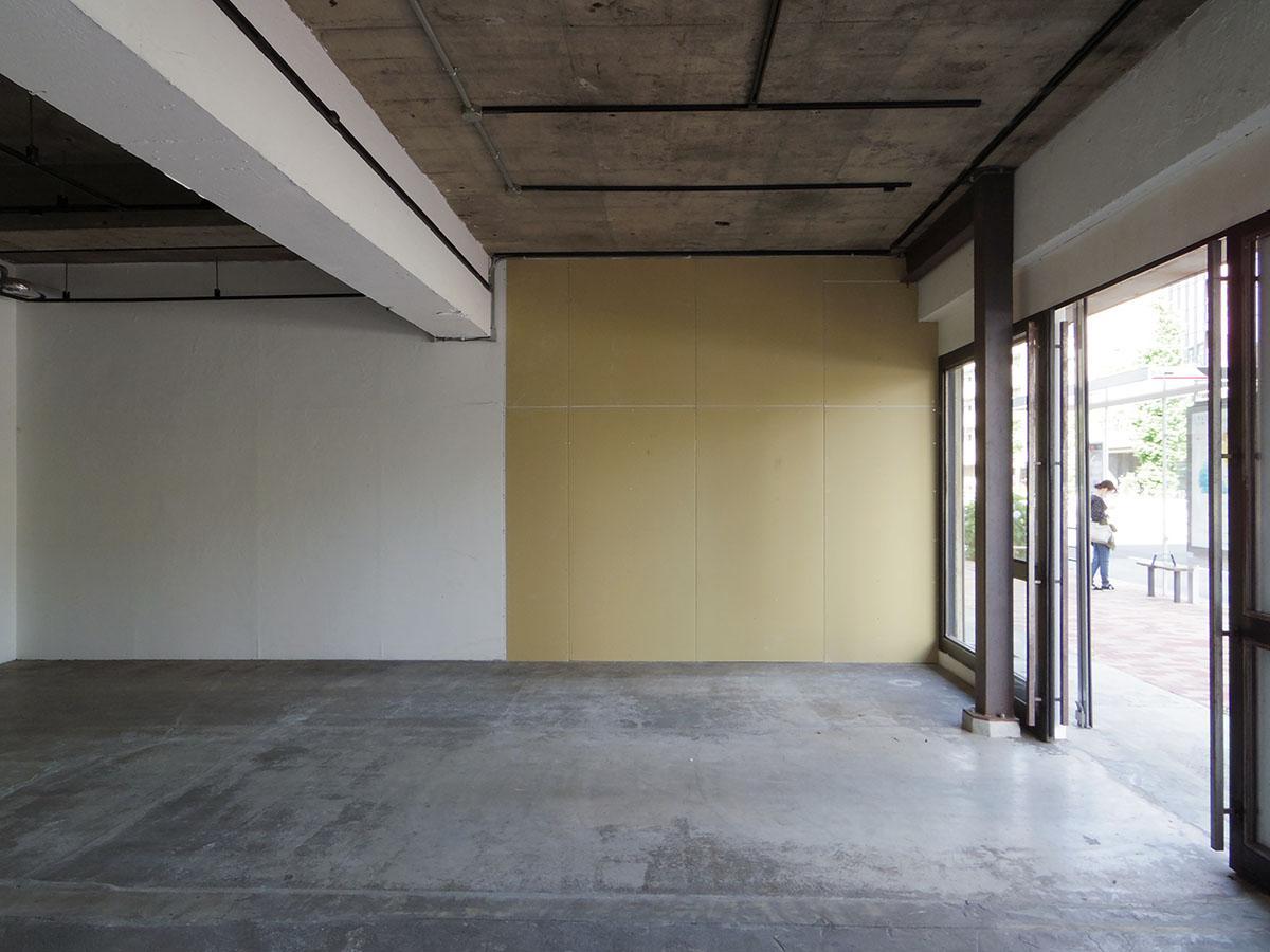 101号室と102号室の間の壁は石膏ボード。つなげて使うことも可能