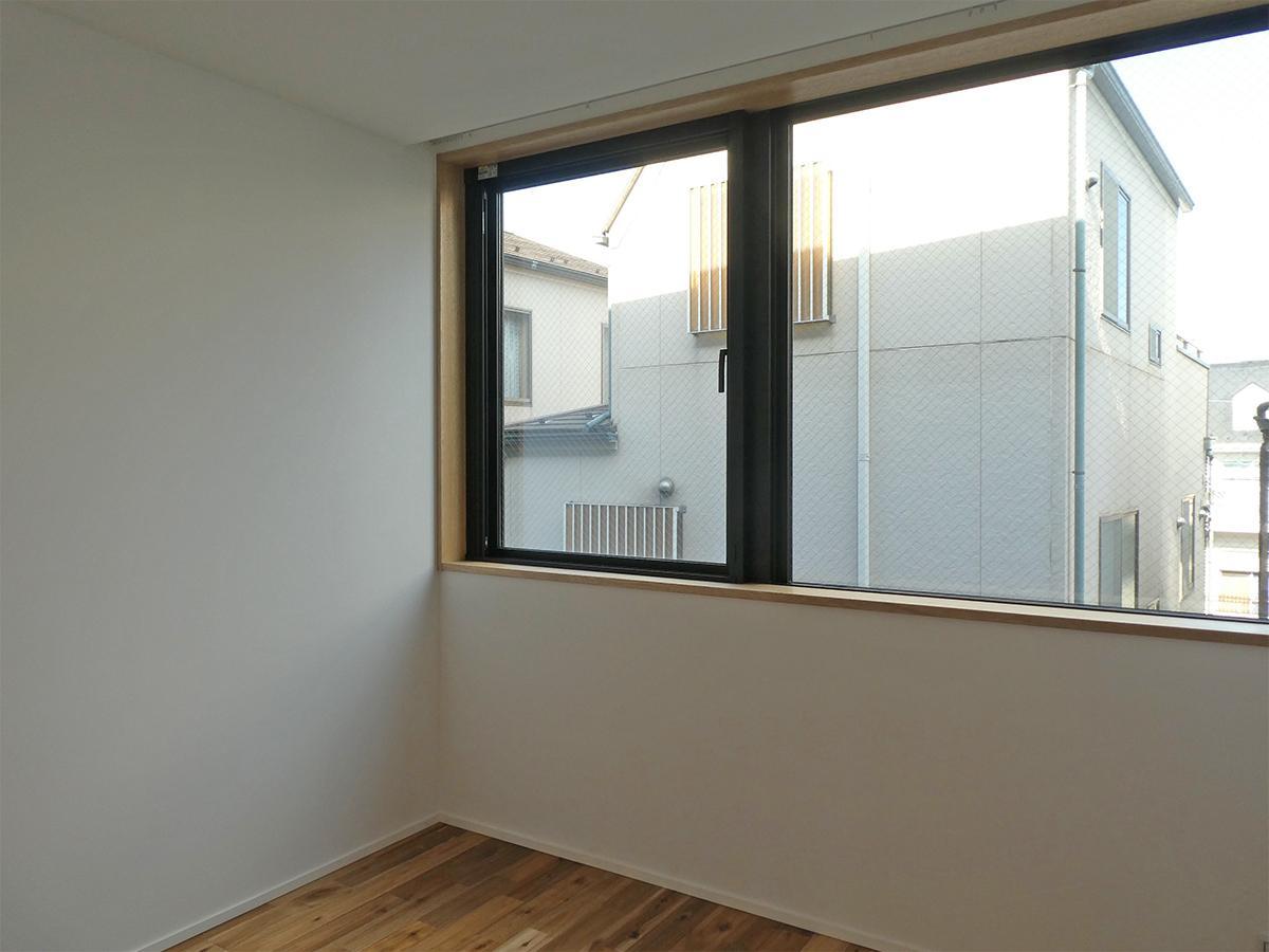 204、202号室:約4.6畳の寝室。収納もあります