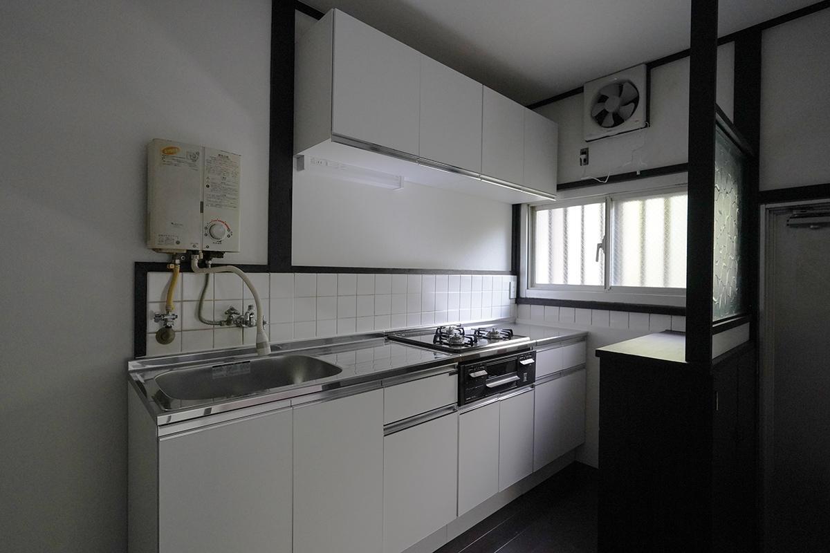 (101号室)新しくリニューアルしたばかりのキッチン
