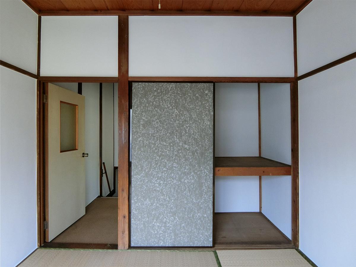 2階4畳の和室。押し入れあり