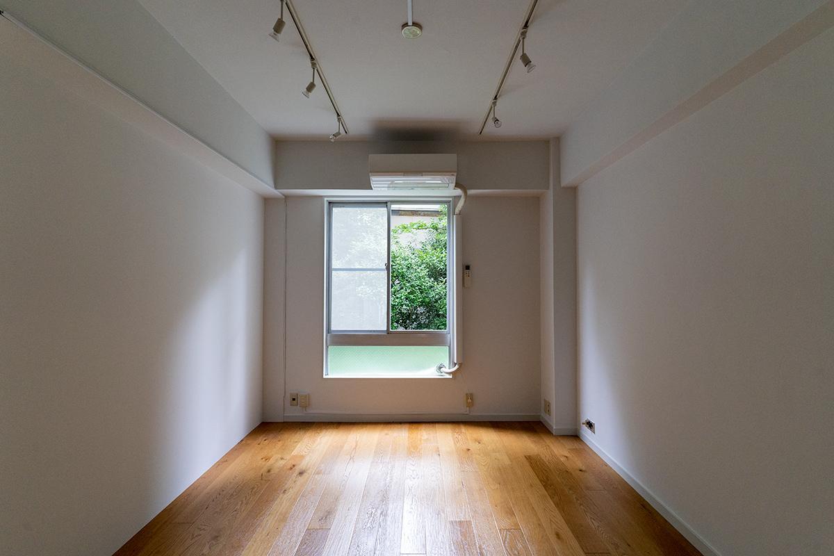 玄関側の部屋からも緑が見えます