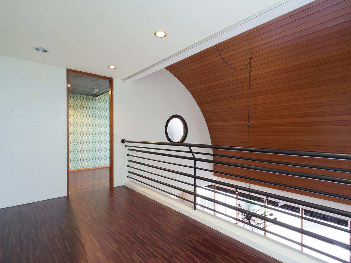 2階ギャラリー