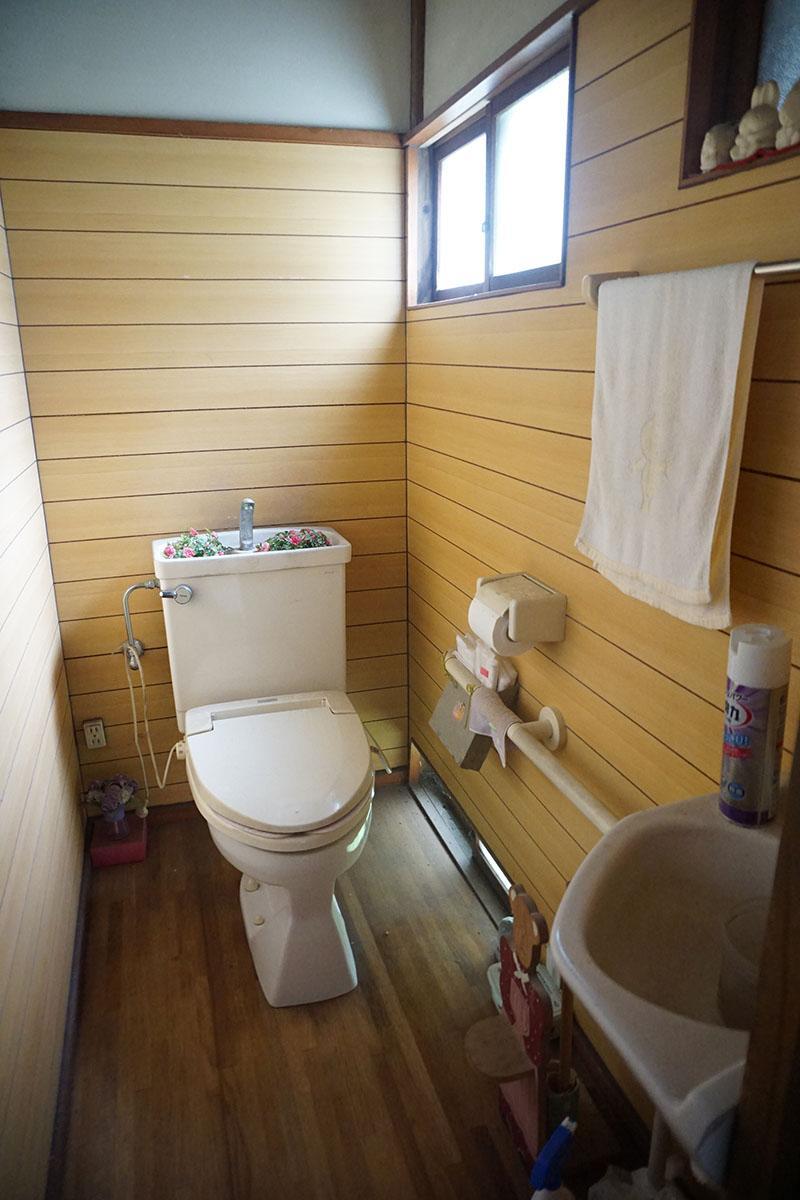 トイレ:きれいめ