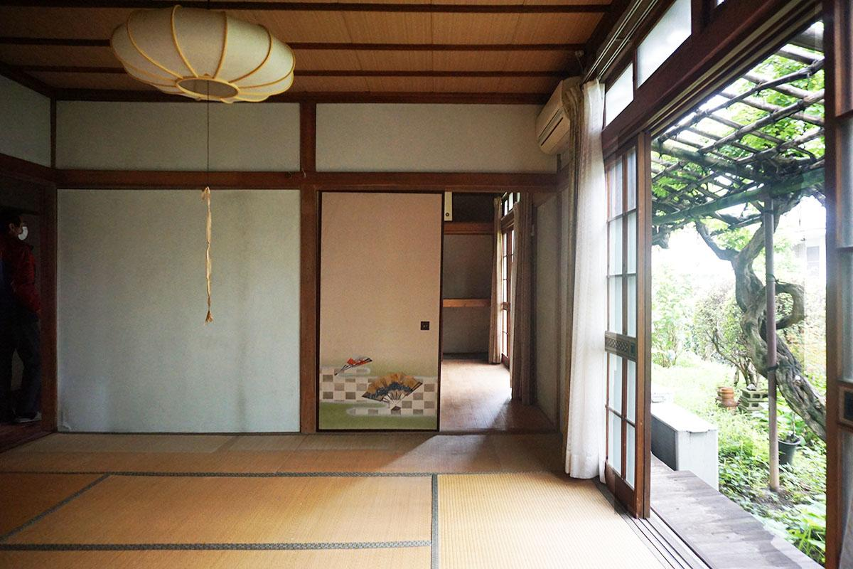西側8畳の和室