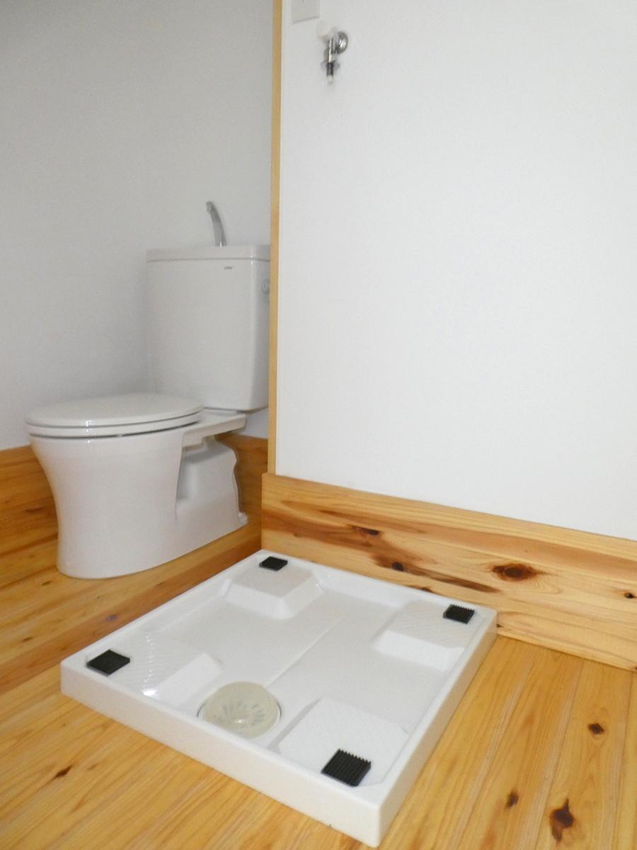 洗濯機置き場。各辺約60cmとノーマル