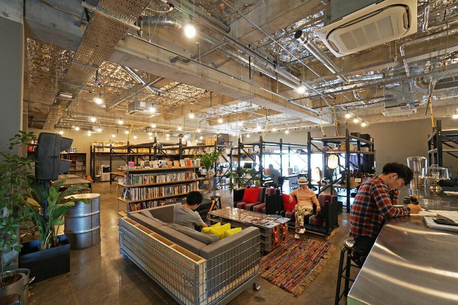 公園のようなシェアオフィス (中央区日本橋馬喰町の物件) - 東京R不動産