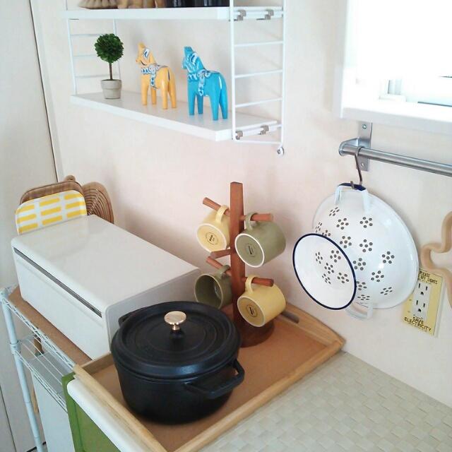キッチンと料理を彩るSTAUB(ストウブ)のある素敵なインテリア