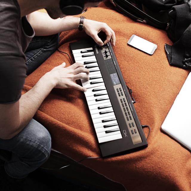 音楽のある暮らしを♪コンパクトでおしゃれなヤマハ製キーボード「reface」モニター大募集!