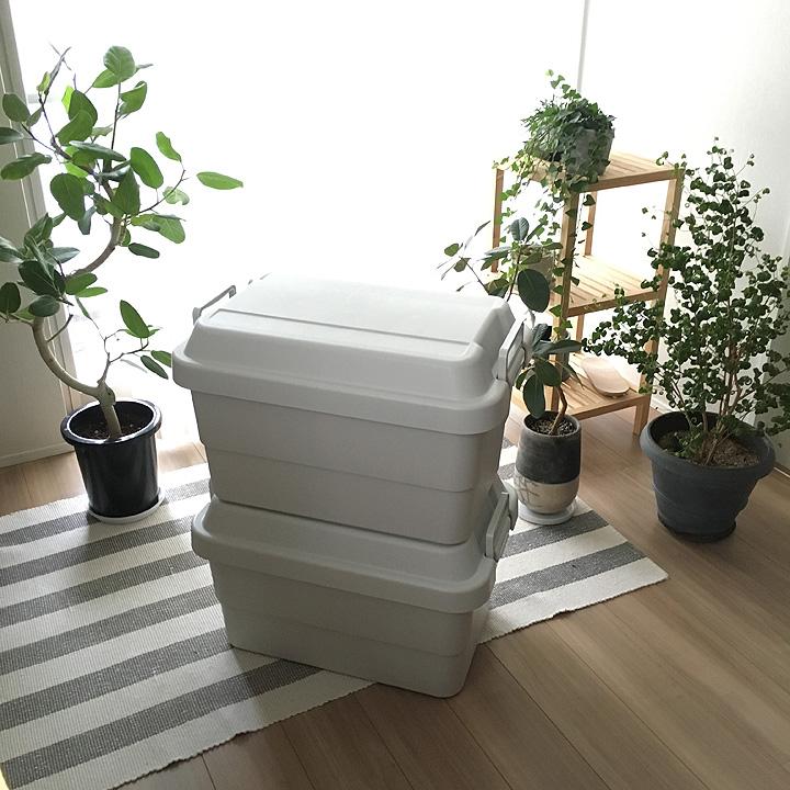 「頑丈さが魅力。座れる収納ボックス」わたしの愛用品  vol.12 ladybug_simpleさん