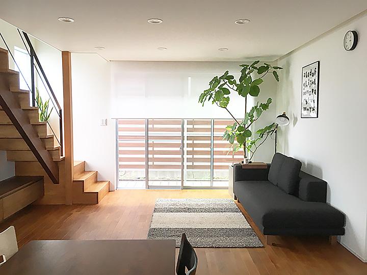 「空間の主役にしたい、スマートなデザインのローソファ」 by suzu_homeさん