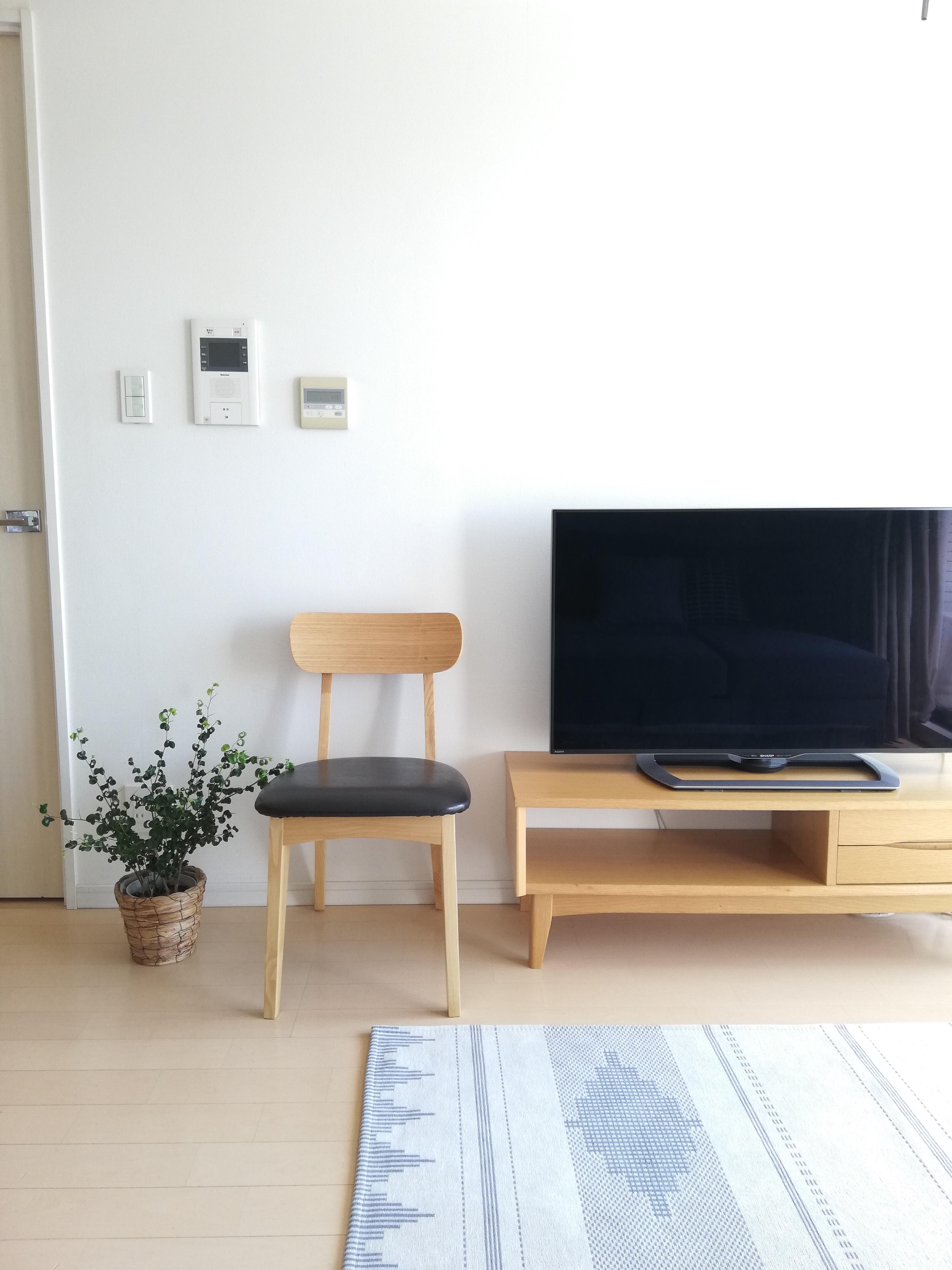 「家族とインテリアに馴染む、ベーシックな木の椅子」 by yui-fさん