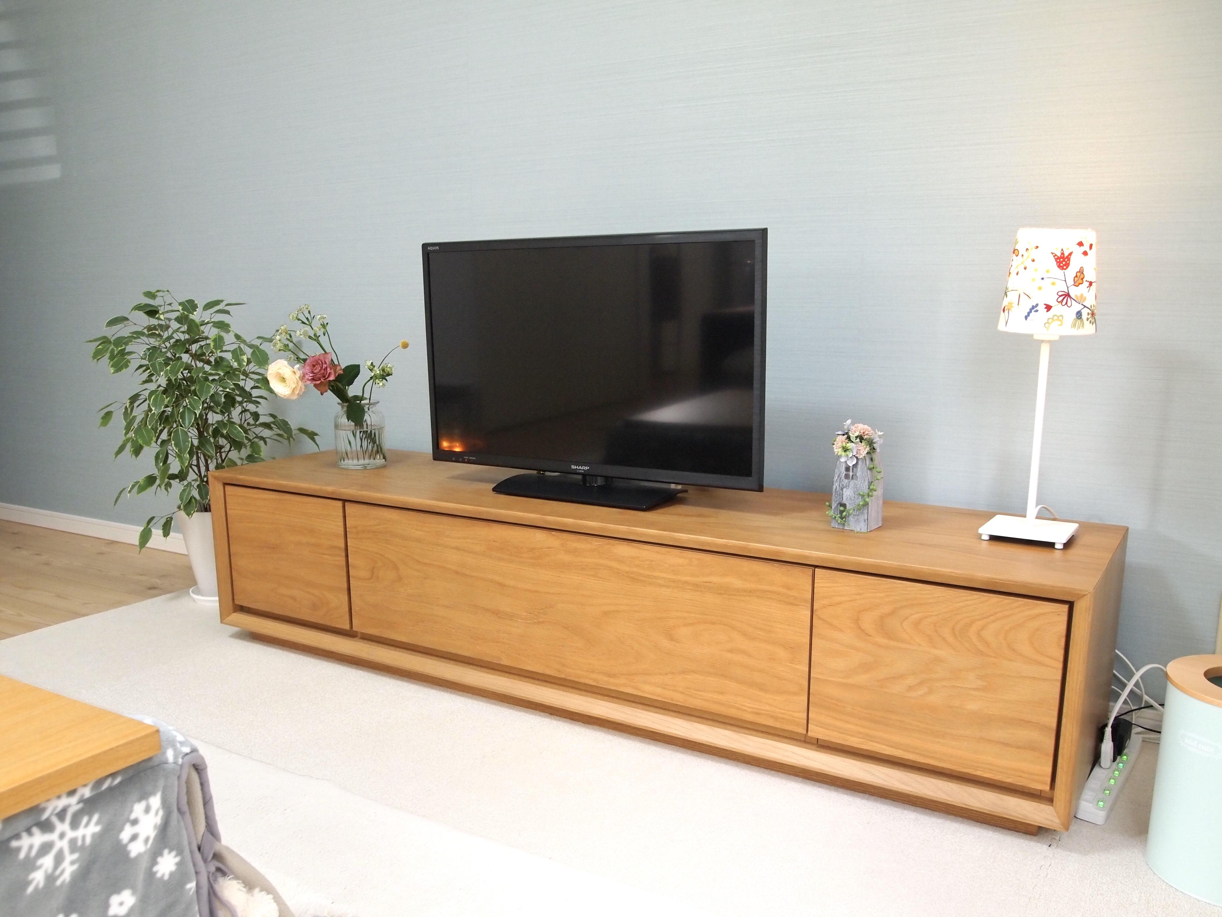 「あらゆる角度で良い仕事をする、ナチュラルなテレビボード」 by hitomiさん