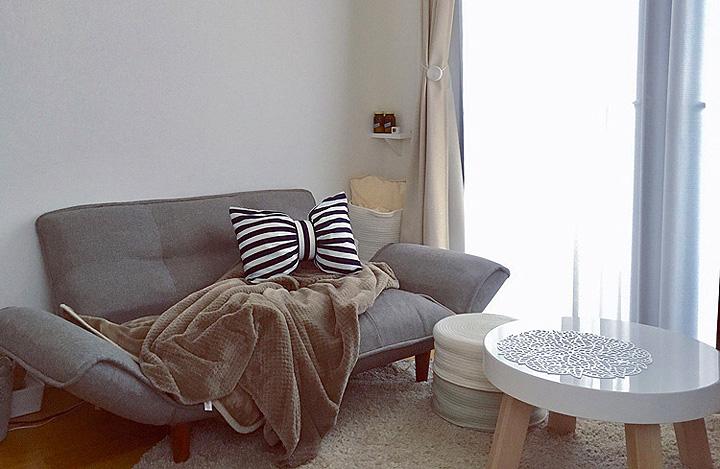 「28m2。やさしくほんのり甘め空間。ソファで過ごす至福のとき」 by yunさん