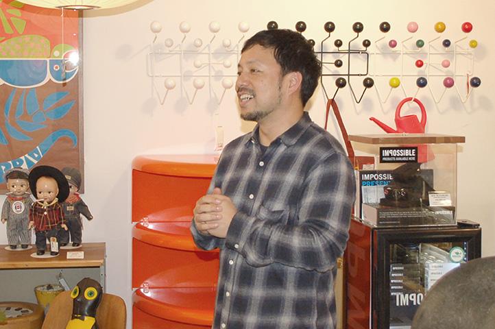 今回快くインタビューに応じて下さった Mid-Century MODERN 店長の楳澤 茂さん。ありがとうございます!