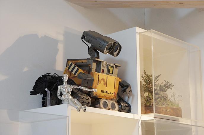 WALL・Eがリビングを見下ろしています!