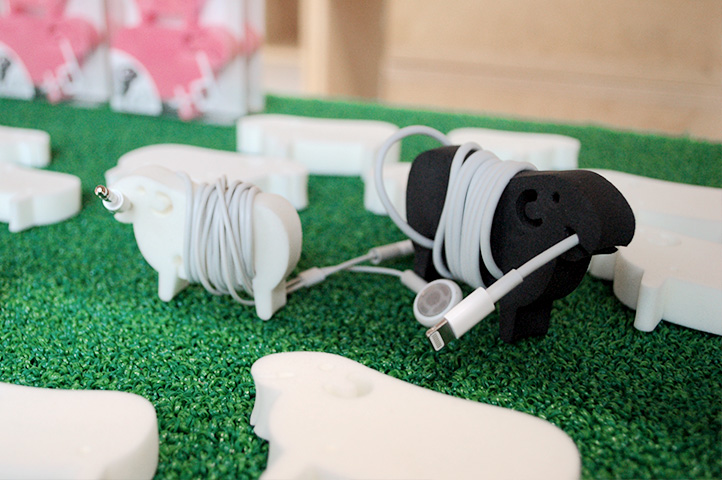 Sheep Cable Holder