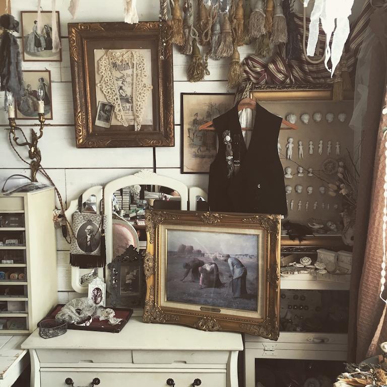 アンティーク・骨董品がある暮らし強化月間!