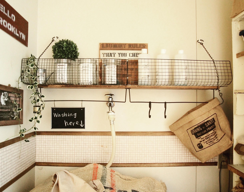 賃貸OK♪重くても大丈夫!好きなところに作れるリメイク棚。 by reenaさん