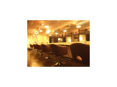 Ursus hair Design 大宮店