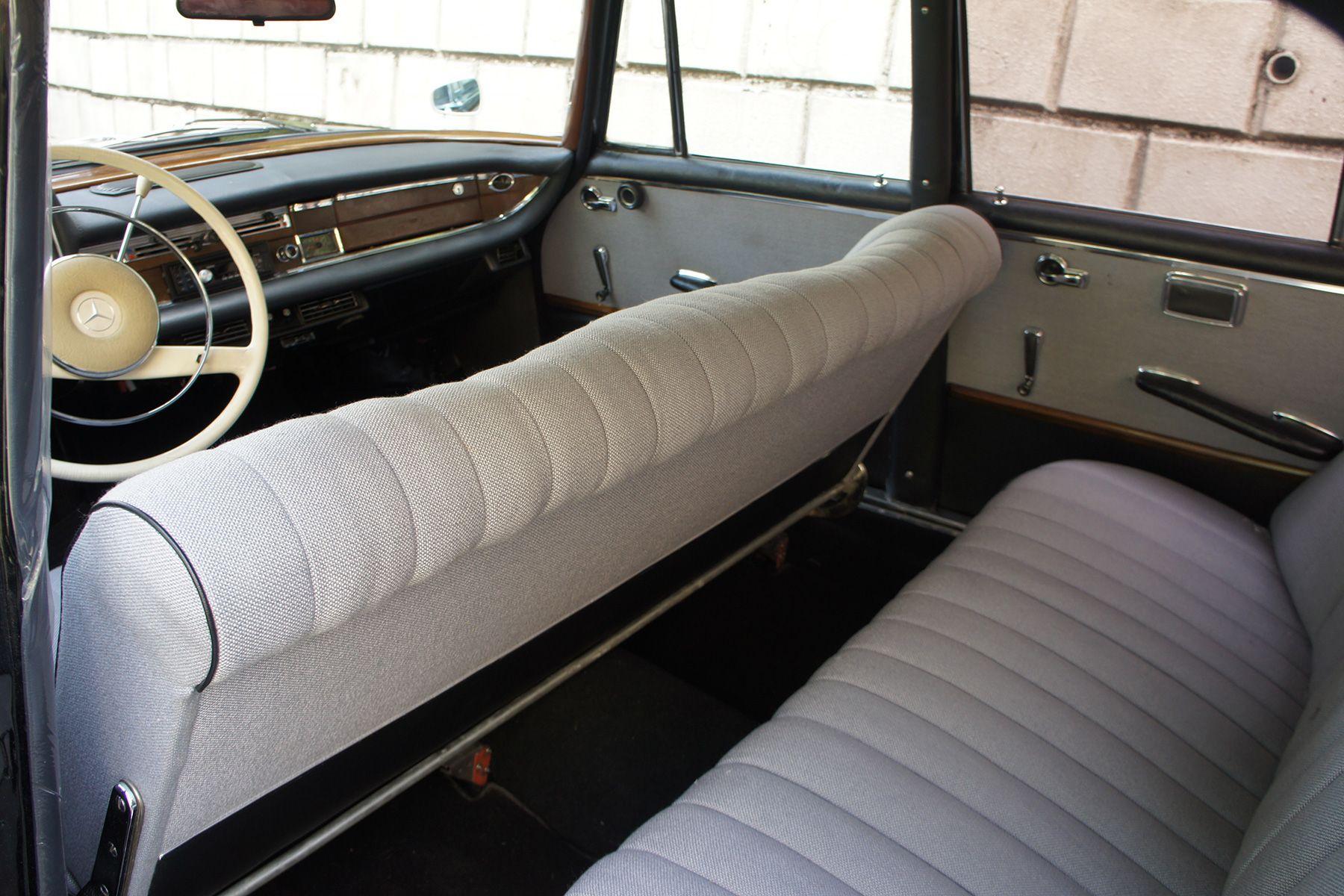 ガレージ310 (ガレージミト)65年 230S ブラック