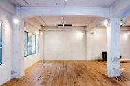 LIGHT BOX STUDIO 青山 1F (ライトボックススタジオ):1F西側の白壁