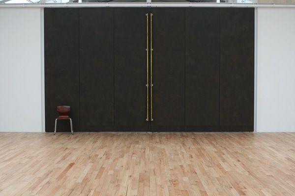 studio roof(スタジオ ルーフ)メインスタジオ 無垢のオーク材