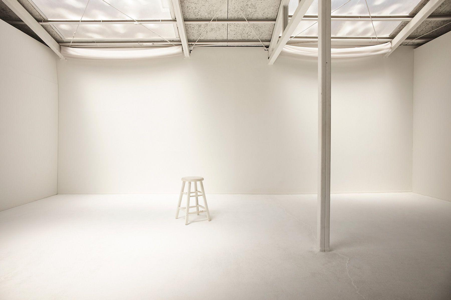 STUDIO MAU(スタジオ マウ)柔らかな光が入ります
