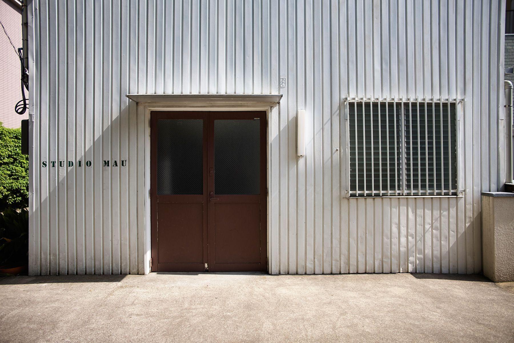 STUDIO MAU(スタジオ マウ)スタジオ前に駐車場2台