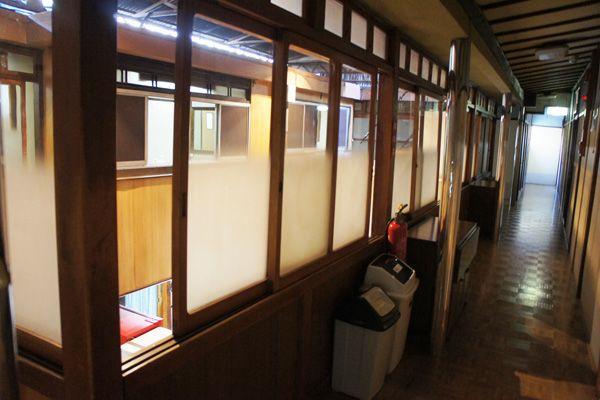 HOMEIKAN 本館・台町別館/旅館 (ホウメイカン)本館_2F 廊下