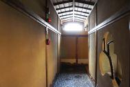 HOMEIKAN 本館・台町別館/旅館 (ホウメイカン):別館_2F 廊下