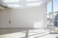 BASE STUDIO(ベーススタジオ):北西面/入口階段側