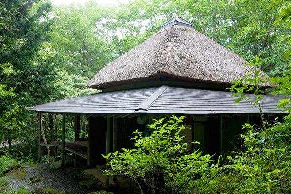 蓼科山荘(別荘)茅葺き