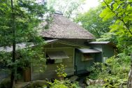 蓼科山荘(別荘):外観裏