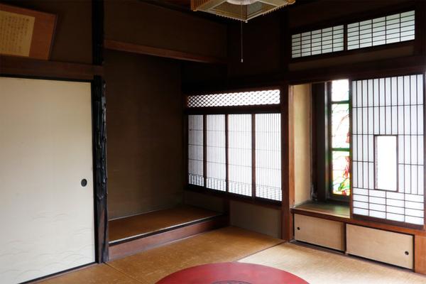 方斎庵(ほうさいあん)/指定文化財1F 玄関前の部屋