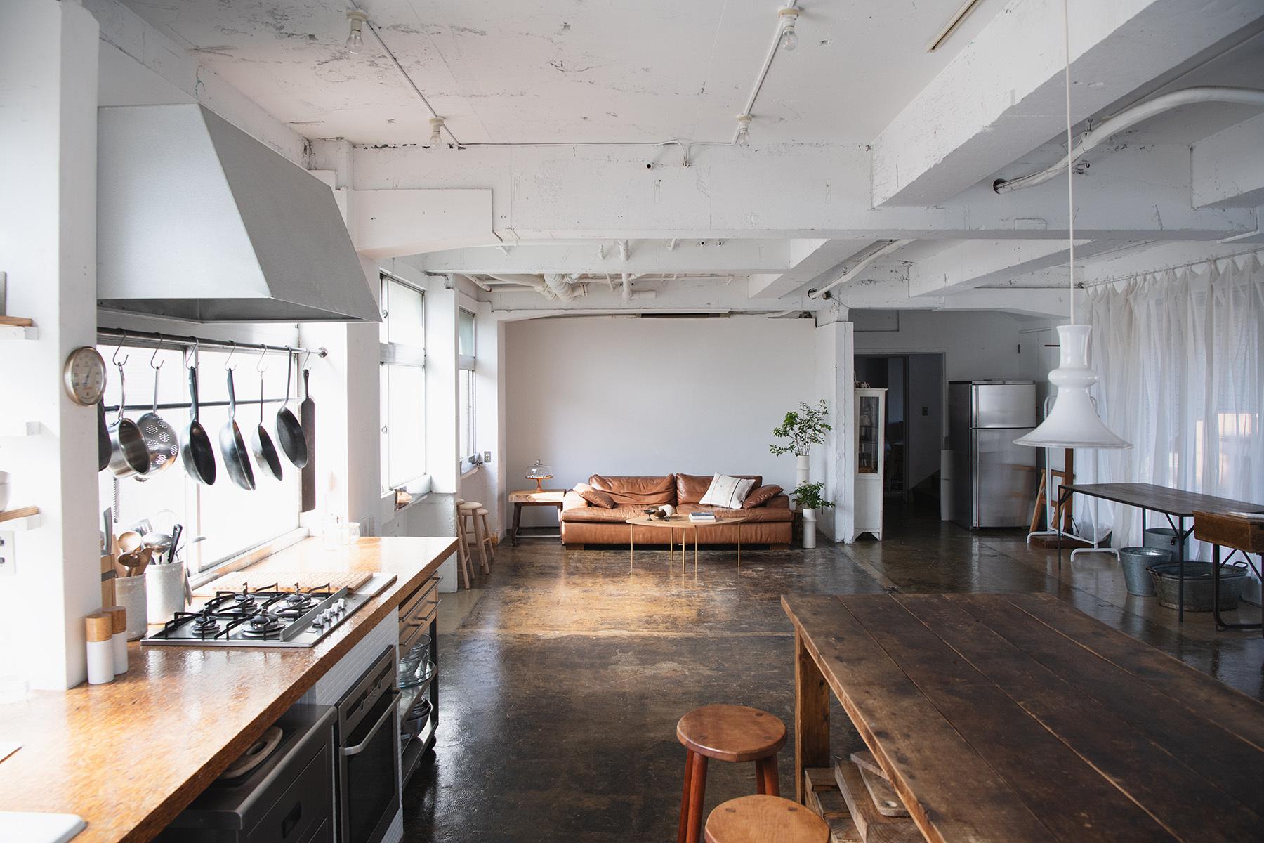 studio rue scipion  (スタジオ リュシピオン)キッチン正面の柔らかな光